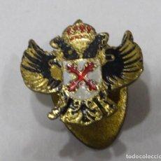 Militaria: ANTIGUO PIN DE REQUETES, DIOS PATRIA REY, CARLISTAS, CRUZ SAN ANDRES. Lote 134781406