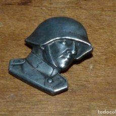 Militaria: RARA INSIGNIA PLATEADA SOLDADO SUIZO ORIGINAL 1940 WWIL SOLDATEN WEIHNACHT P. KRAMER NEUCHATEL. Lote 134950106