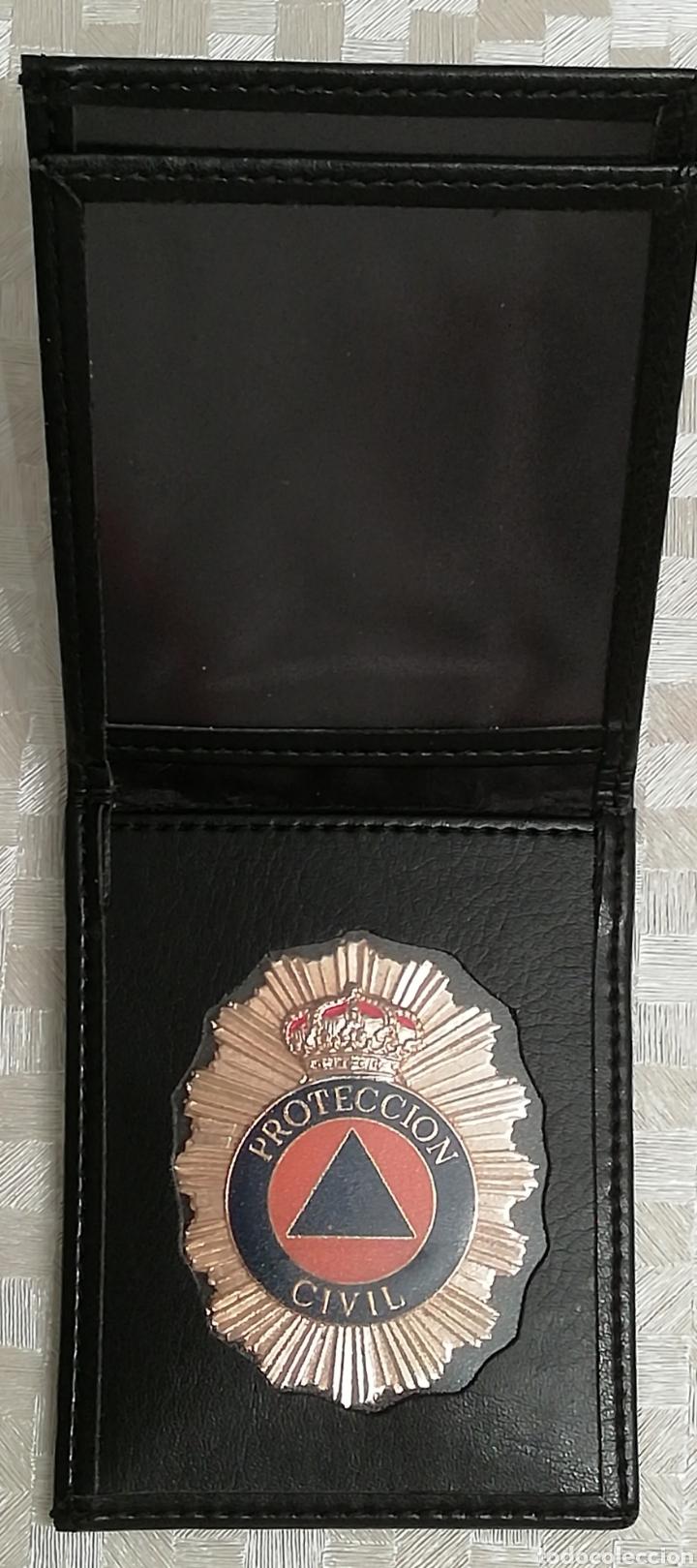 Militaria: Placa y cartera piel PROTECCIÓN CIVIL ESPAÑA - Foto 2 - 136285114