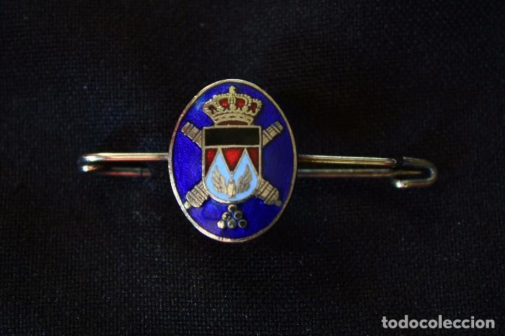 ARTILLERIA -ALFILER CORBATA ESMALTADO (Militar - Insignias Militares Españolas y Pins)