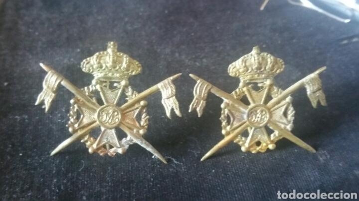 DISTINTIVOS Y EMBLEMAS DE CUELLO DE HÚSARES DE LA PRINCESA (Militar - Insignias Militares Españolas y Pins)