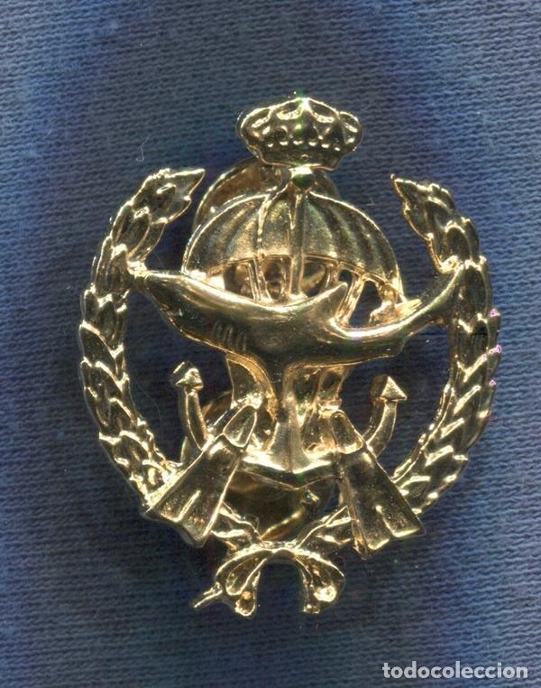 INSIGNIA DE LA UNIDAD ESPECIAL DE BUCEADORES DE COMBATE COMANDANTE GORORDO. VERSIÓN ORO. (Militar - Insignias Militares Españolas y Pins)