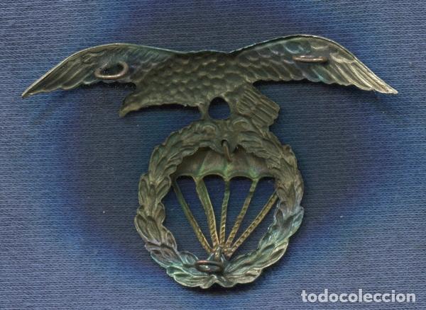 Militaria: Insignia de la boina de la Brigada Paracaidista. Años 70. - Foto 2 - 142442254