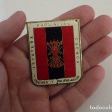 Militaria: ANTIGUA PLACA BRAZO DE FALANGE, JEFATURA PROVINCIAL DE CUENCA, PRENSA Y PROPAGANDA, ORIGINAL.. Lote 143765790