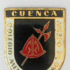 Militaria: CHAPA DE LA OJE - CUENCA COELGIO MENOR - ALONSO DE OJEDA - AÑOS 50 - FRENTE DE JUVENTUDES Y FALANGE. Lote 145540526