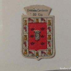 Militaria: EMBLEMA AUXILIO SOCIAL DE SOLAPA SERIE B Nº 310 MURCIA CORRIENTE 30 CTS . Lote 146746654