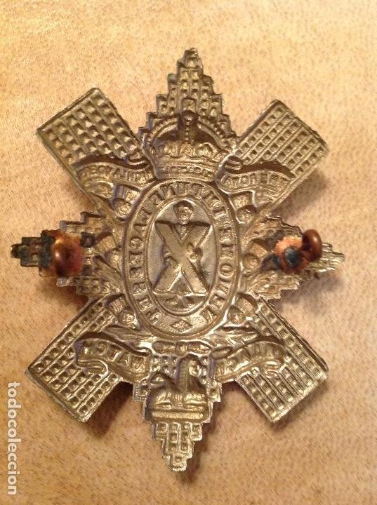 Militaria: Insignia antigua 3º batallón escocés: THE ROYAL HITCHLANDERS NEMOME IMPUNE LACESSET + BLACK WATCH. - Foto 2 - 147734346