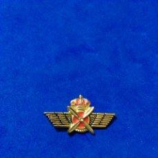 Militaria: PIN ROKISKI DE AVIACION ARENAL SEVILLA MILITAR (SIN AGUJA ROTA). Lote 148573408