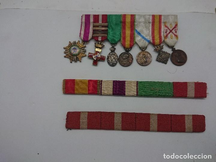 Militaria: Pasador con siete condecoraciones Militares pequeñas y dos pasadores , mirar descripcion - Foto 2 - 149763142