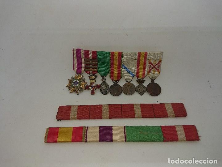 Militaria: Pasador con siete condecoraciones Militares pequeñas y dos pasadores , mirar descripcion - Foto 3 - 149763142