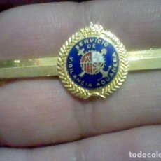 Militaria: SERVICIO DE VIGILANCIA ADUANERA PASADOR PISA CORBATAS ESMALTE. Lote 150661222