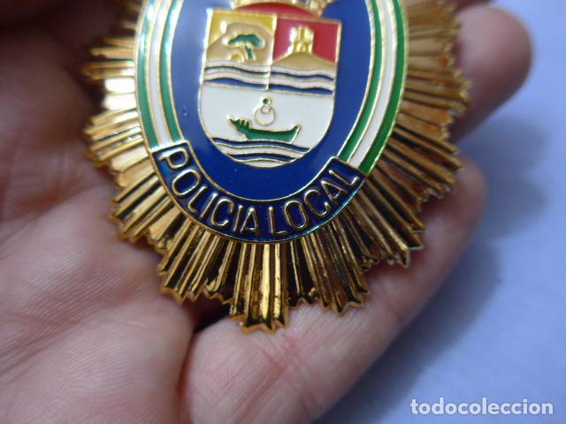 Militaria: * Placa de policia de rincon de la victoria, version rafaga dorada, andalucia, original. ZX - Foto 2 - 151401130