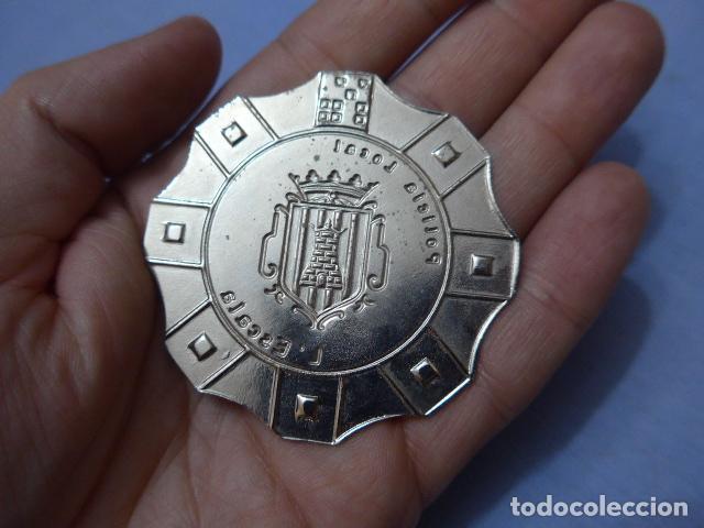 Militaria: * Placa de policia de l'Escala, version plateada, catalunya, original. Escala. ZX - Foto 3 - 151402742