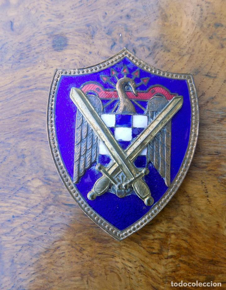 INSIGNIA SEU, MILICIAS UNIVERSITARIAS, EXCELENTE ESTADO, ESMALTADA, 6 CM (Militar - Insignias Militares Españolas y Pins)