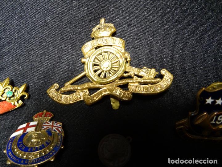 Militaria: Lote militar de 37 piezas: insignias, emblemas, parches, botones de España,Inglaterra,Francia, EE.UU - Foto 8 - 154139354