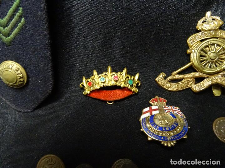 Militaria: Lote militar de 37 piezas: insignias, emblemas, parches, botones de España,Inglaterra,Francia, EE.UU - Foto 10 - 154139354