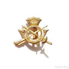 Militaria: DISTINTIVO PARA GALLETA. GUERRA CIVIL.- INFANTERÍA. Lote 155800198