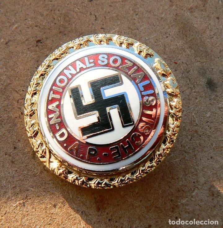 Insignia nazi   dap  goldenes parteiabzeichen - Sold through Direct