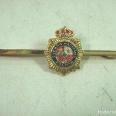 Militaria: PASADOR CORBATA - CUERPO NACIONAL DE POLICIA ESPAÑA - DORADO LACADO - ALFILER CORBATA INSIGNIA PIN. Lote 159608702
