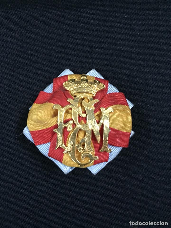 INSIGNIA O EMBLEMA ESCUELA MILITAR. ÉPOCA ALFONSO XIII. (Militar - Insignias Militares Españolas y Pins)
