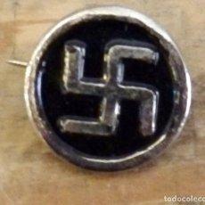 Militaria: PIN ORIGINAL DE LA NSDAP ESVÁSTICA. Lote 160808034