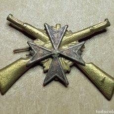 Militaria: INSIGNIA SANIDAD CARABINEROS GUERRA CIVIL. Lote 162806092
