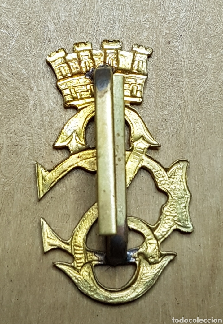 Militaria: Insignia cuerpo seguridad dorada republica guerra civil - Foto 2 - 162806953