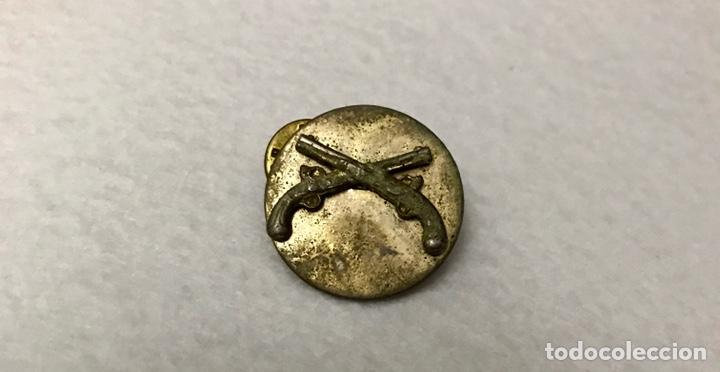 INSIGNIA PIN CARABINEROS GUERRA CIVIL? (Militar - Insignias Militares Españolas y Pins)