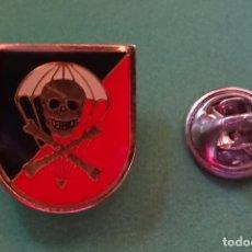Militaria: INSIGNIA PIN MILITAR. BRIGADA PARACAIDISTA BRIPAC. REGIMIENTO DE CABALLERÍA 8 LUSITANIA. Lote 166360002