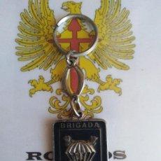 Militaria: LLAVERO BRIGADA PARACAIDISTA. ILTMO. AYUNTAMIENTO DE ALORA.. Lote 195158172