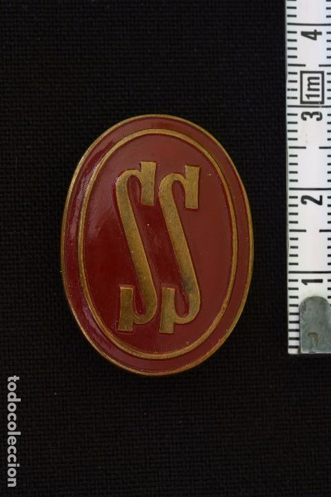 SERVICIO SOCIAL-INSIGNIA ALFILER DE COLOR MARRON (Militar - Insignias Militares Españolas y Pins)
