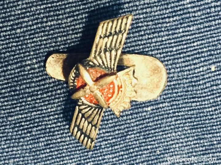 Militaria: PIN AVIACION ROKISKI FRANCO METAL PINTADO CORONA ASPAS ALAS HOJAL 18X22MM - Foto 8 - 169113480