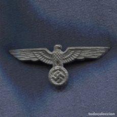 Militaria: ALEMANIA III REICH. AGUILA DE GORRA DE LA WEHRMACHT. ZINC. . Lote 169570348