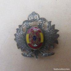 Militaria: PIN INSIGNIA PLATA Y ESMALTES ALFONSO XIII. Lote 169997092