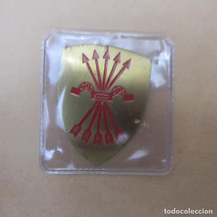 INSIGNIA FALANGE GUERRA CIVIL (Militar - Insignias Militares Españolas y Pins)