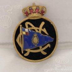 Militaria: ANTIGUO EMBLEMA CON AGUJA DEL CLUB NÁUTICO. CASTELLS, BARCELONA.. Lote 170009496