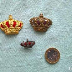 Militaria: CORONAS ALFONSINAS , ALFONSO 13, CORONAS UNIFORME, 3 DISTINTAS. Lote 170078380
