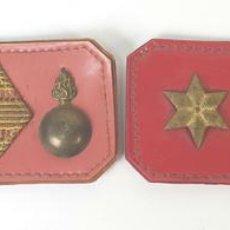 Militaria: COLECCIÓN DE INSIGNIAS MILITARES. ARTILLERÍA. PLÁSTICO Y METAL ESMALTADO. CIRCA 1940.. Lote 170167044