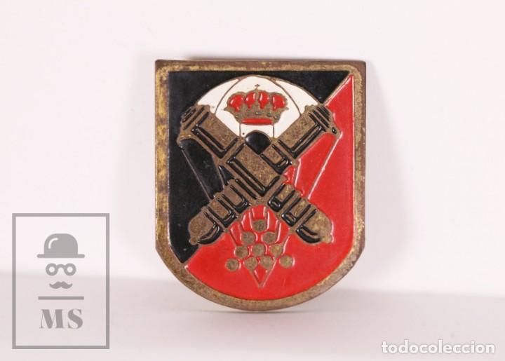 PIN ? MILITAR / EJÉRCITO - GRUPO DE ARTILLERÍA DE CAMPAÑA PARACAIDISTA - MEDIDAS 25 X 30 MM (Militar - Insignias Militares Españolas y Pins)