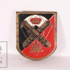 Militaria: PIN ? MILITAR / EJÉRCITO - GRUPO DE ARTILLERÍA DE CAMPAÑA PARACAIDISTA - MEDIDAS 25 X 30 MM. Lote 171497544
