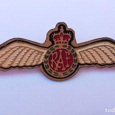Militaria: INSIGNIA METÁLICA RAF REAL FUERZA AÉREA BRITÁNICA. Lote 171678587