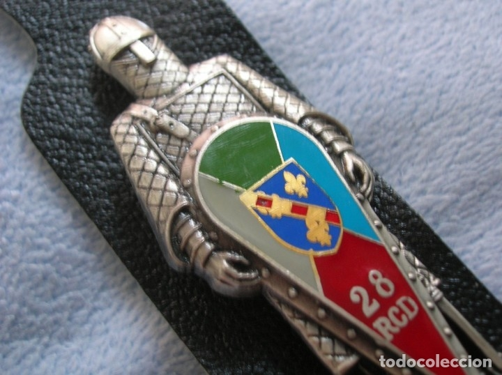 Militaria: MUY BELLO DISTINTIVO DEL EJERCITO FRANCÉS. CABALLERO MEDIEVAL CON ESCUDO CON NÚMERO DE REGIMIENTO. - Foto 5 - 173875622
