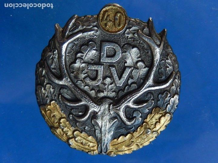 ALEMANIA. INSIGNIA DE LA ASOCIACIÓN ALEMANA DE CAZA. PREMIO 40 AÑOS. APROXIMADAMENTE ES DE 1946-1950 (Militar - Insignias Militares Internacionales y Pins)