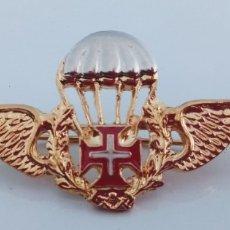 Militaria: INSIGNIA ALAS ORIGINALES PARACAIDISTA PORTUGAL. PARACHUTE WINGS BADGE... Lote 176327523