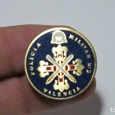 Militaria: INSIGNIA POLICIA MILITAR Nº 3 VALENCIA ESMALTADA. Lote 177318255