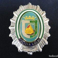 Militaria: PLACA DE PECHO METÁLICA DE LA POLICIA LOCAL DE MÁLAGA.. Lote 178352092