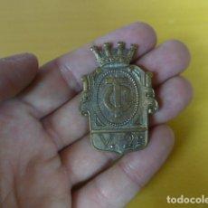 Militaria: * ANTIGUA INSIGNIA O EMBLEMA REPUBLICANO DE TRANSPORTE DE CARRETERAS MILITAR, GUERRA CIVIL. ZX. Lote 180146271
