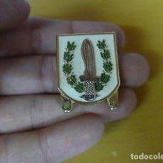 Militaria: * INSIGNIA DE PERMANENCIA EN LAS COES, ORIGINAL. ZX. Lote 180157641