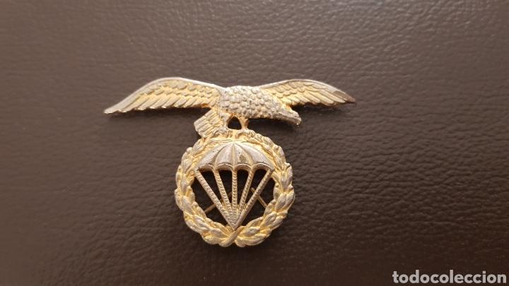 EMBLEMA BRIGADA PARACAIDISTA EJERCITO ESPAÑOL INSIGNIA (Militar - Insignias Militares Españolas y Pins)