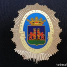 Militaria: PLACA DE PECHO POLICIA LOCAL DE BADAJOZ.. Lote 180883153